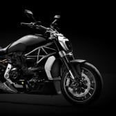 Model-Page_2016_XDiavel_01_960x420
